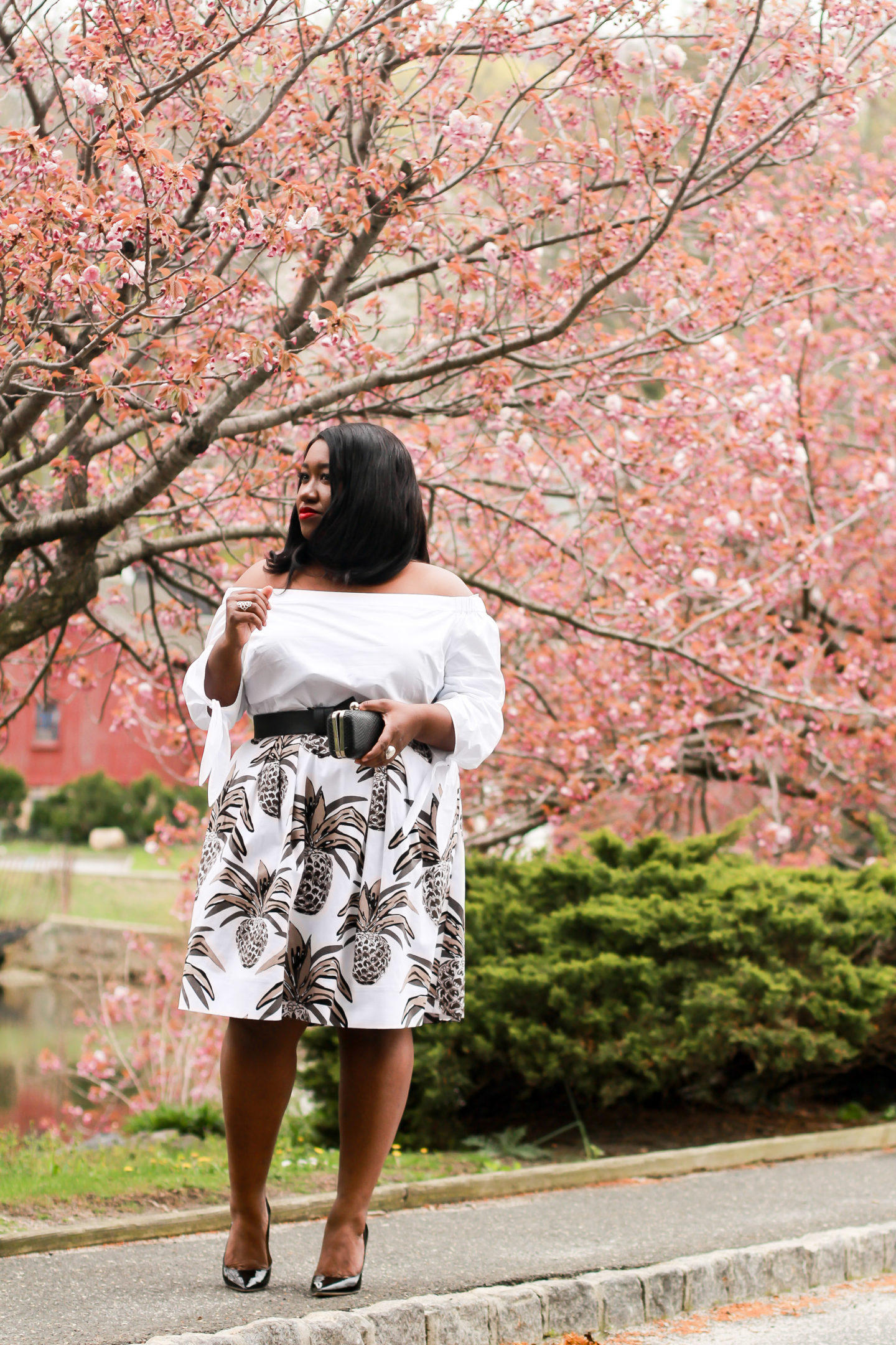 how to style all white plus size outfit idea