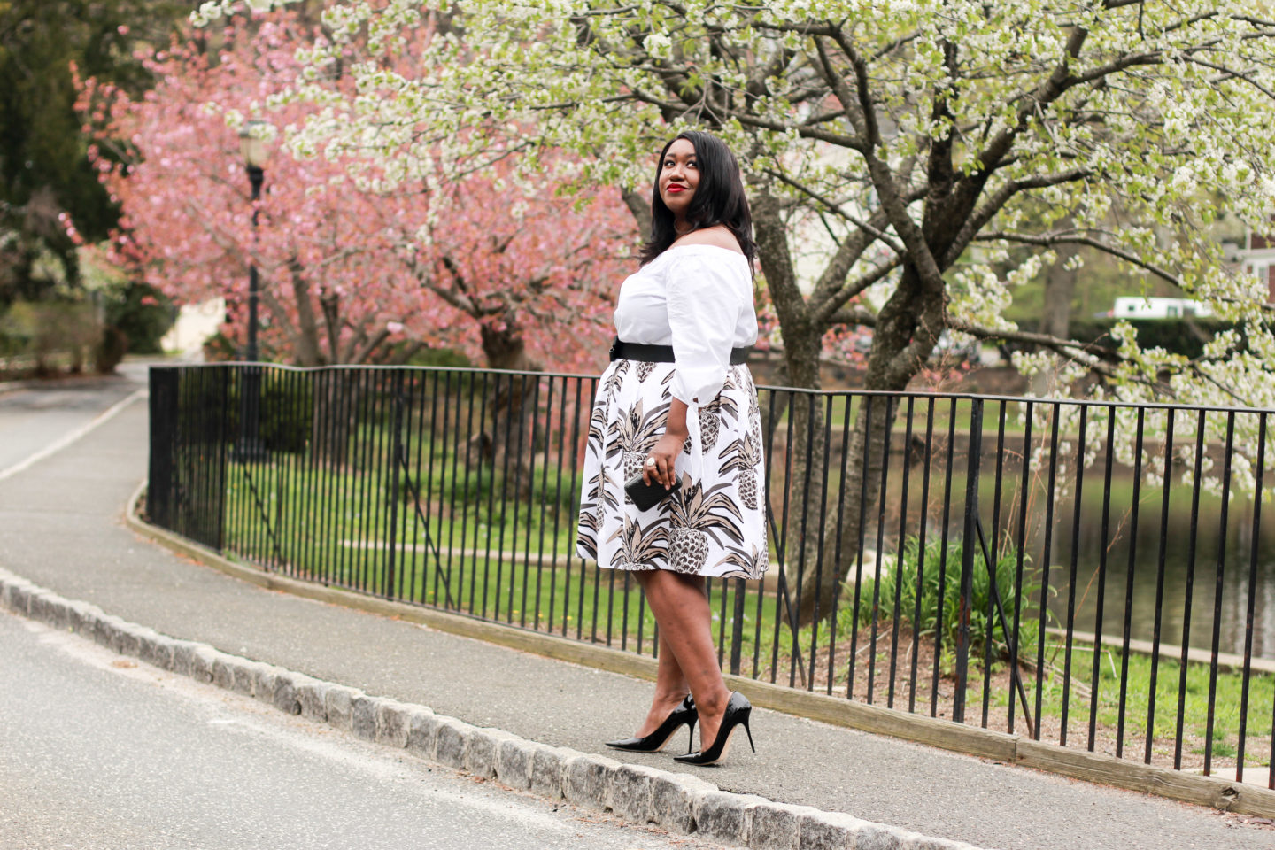 plus size white outfit idea