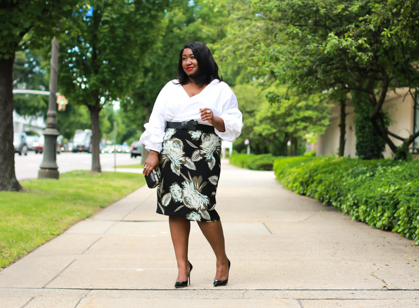how to wear statement puff sleeve plus size fashion blog