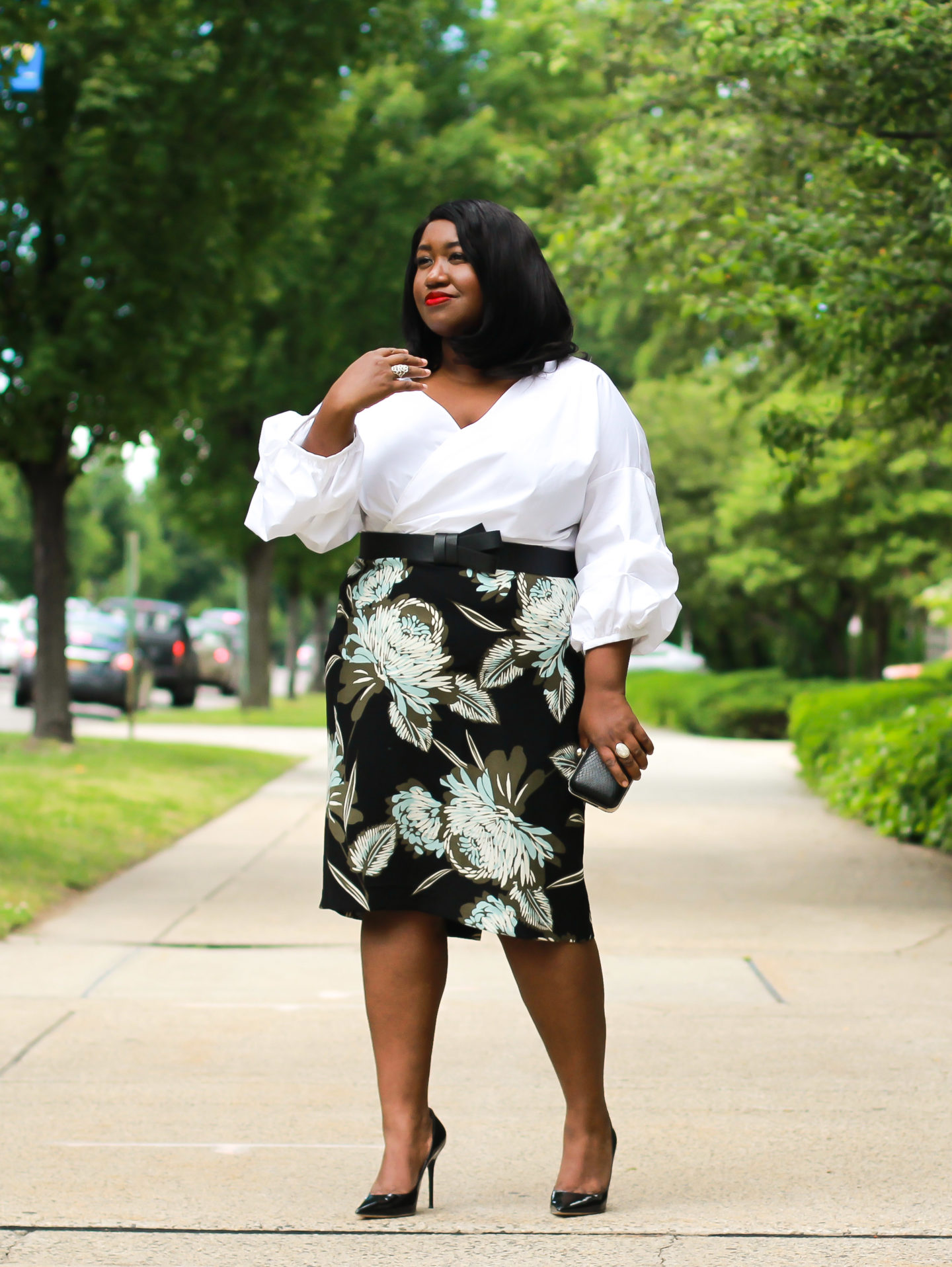 plus size printed pencil skirt outfit for spring
